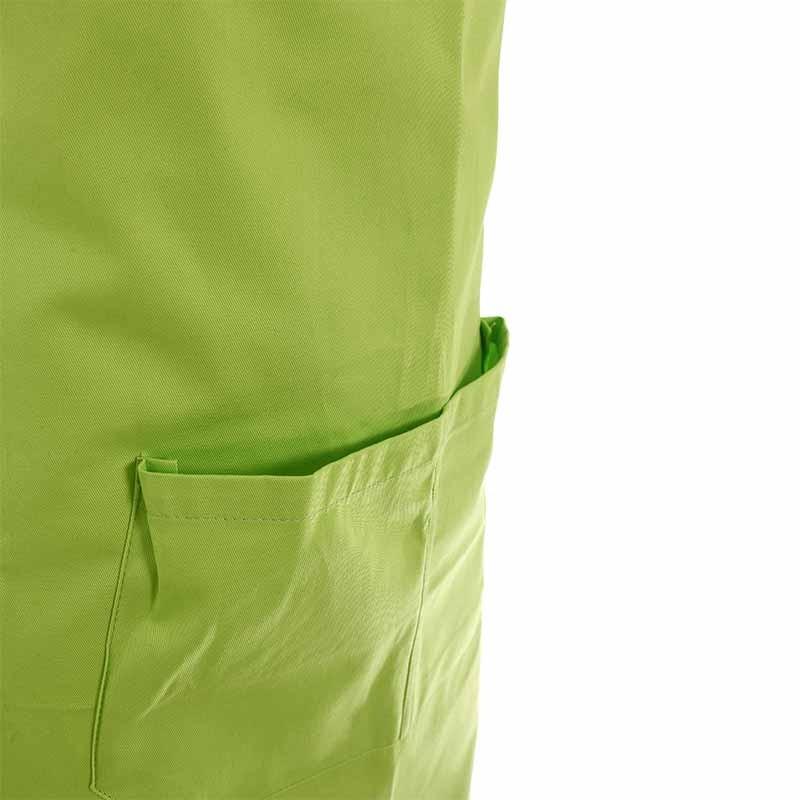 tablier a bavette couleur vert et poches centrales
