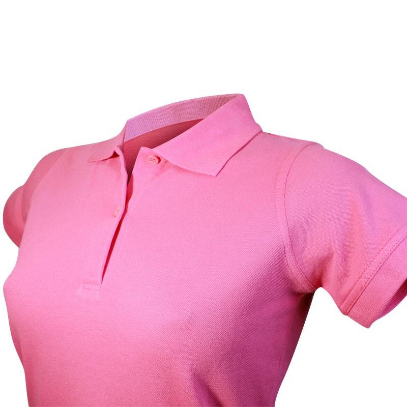 Polo femme rose détail au niveau du col