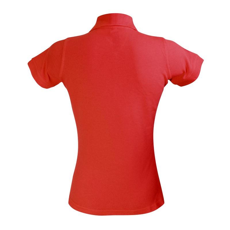 Polo rouge modèle féminin vue de dos à manches courtes