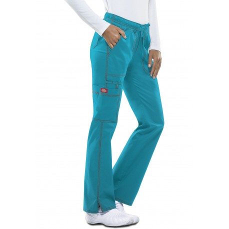 Pantalon médical Dickies vue mannequin femme de couleur bleu