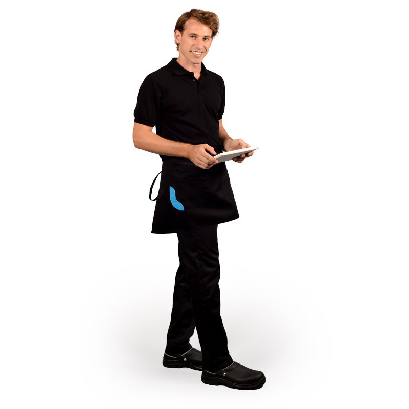 tablier de cuisine noir avec une poche ornée de bleu et une autre poche séparée