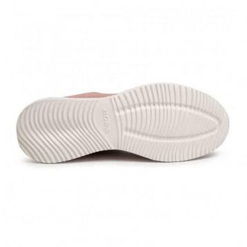 Baskets semelle antidérapante SKECHERS