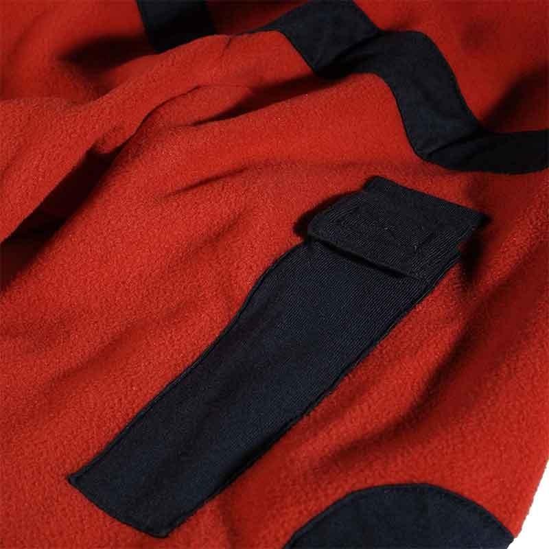 Polaire rouge et noir professionnel
