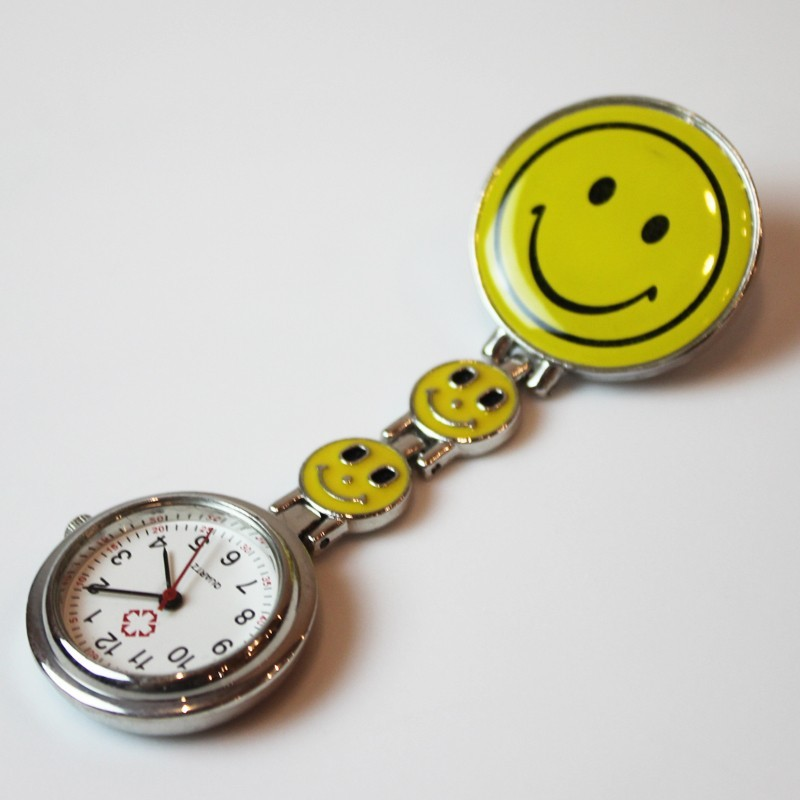 montre infirmiere smiley jaune