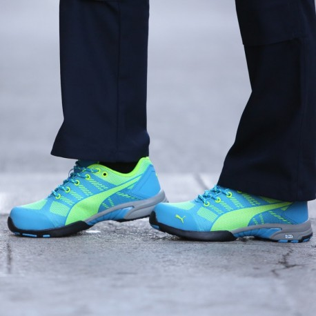 Chaussures de sécurité Femme PUMA celerity bleu S1P. Basket normée féminine.